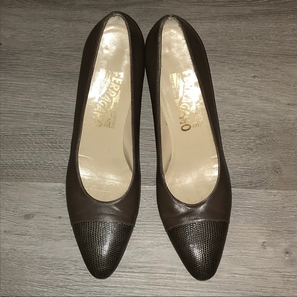 Salvatore Ferragamo Shoes - Ferragamo taupe brown cap toe low pump